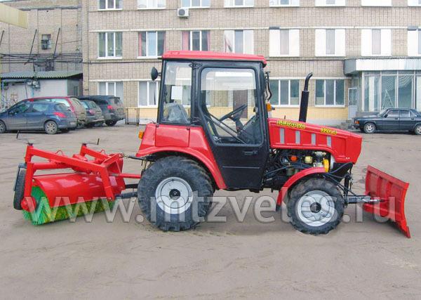 Трактор уборочный КМ-320БР