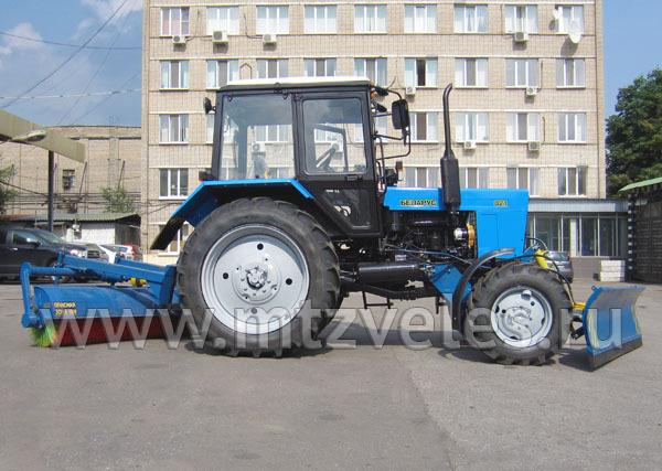 Коммунальный трактор КМ-82БГ