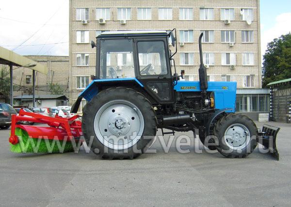Уборочный трактор КМ-82БР на базе МТЗ