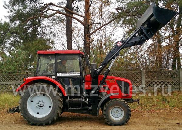 Фронтальный погрузчик ПТМ-0.75 на трактор МТЗ 921